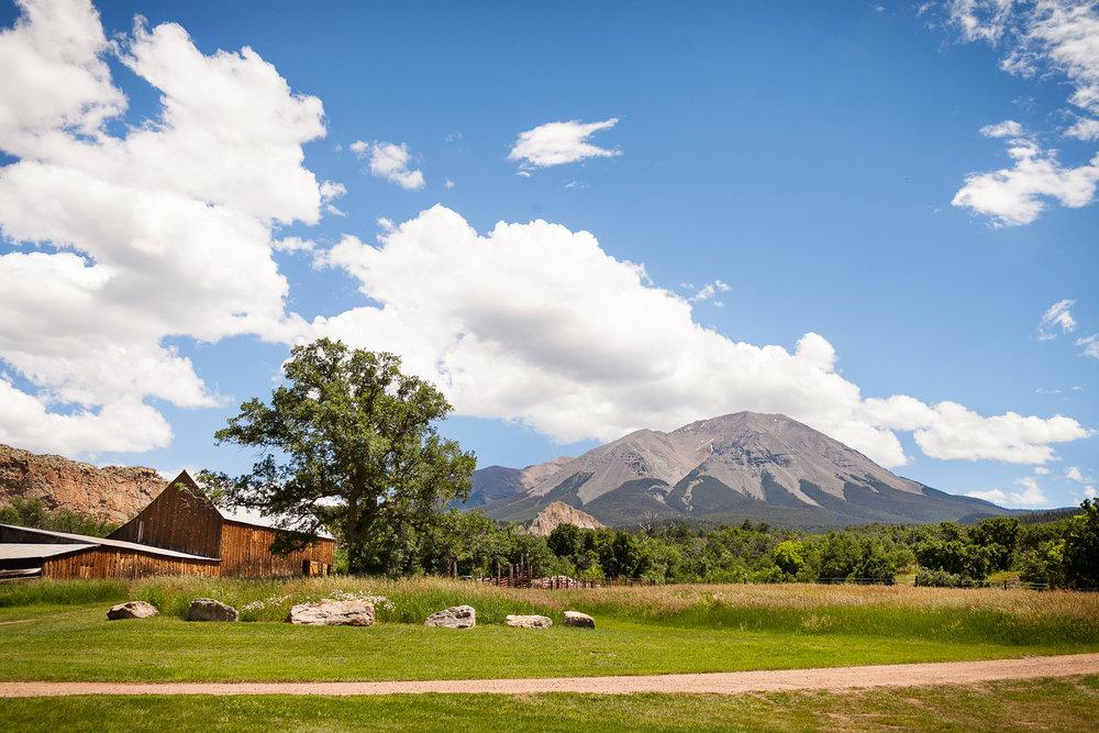 Colorado-Mountain-Ranch-Wedding-006.jpg