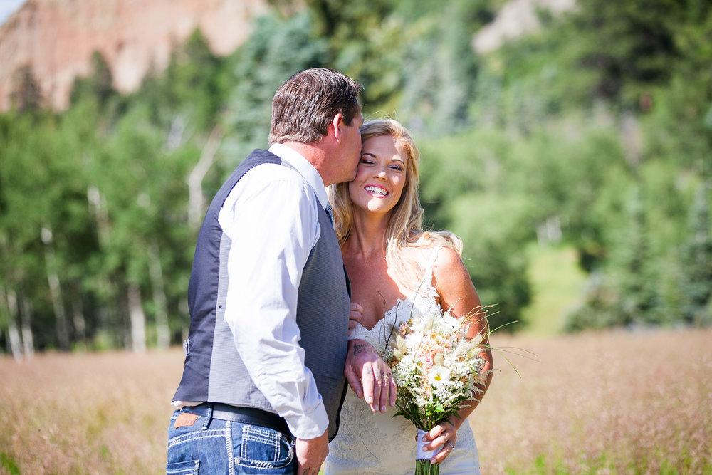 Colorado-Mountain-Ranch-Wedding-022.jpg