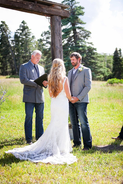 Colorado-Mountain-Ranch-Wedding-027.jpg