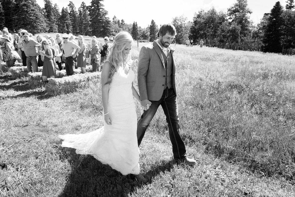 Colorado-Mountain-Ranch-Wedding-030.jpg