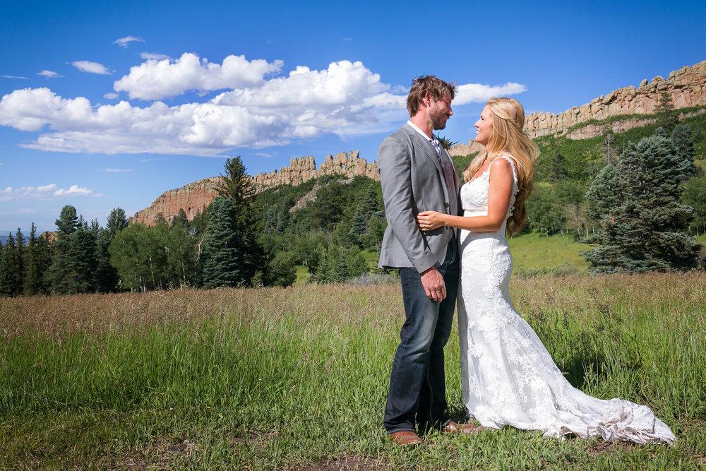 Colorado-Mountain-Ranch-Wedding-032.jpg