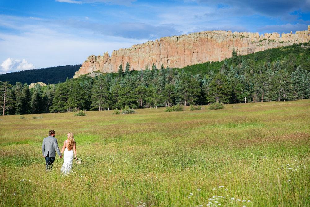 Colorado-Mountain-Ranch-Wedding-062.jpg