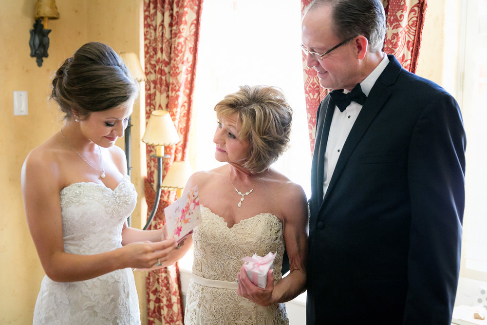 Brown-Palace-Wedding-Photos-010.jpg