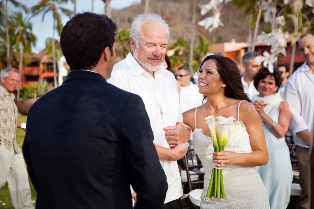 Wedding-at-El-Careyes-Club-007.jpg