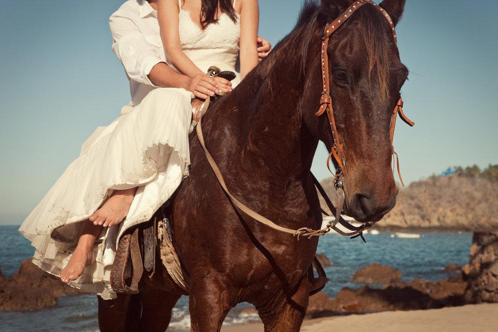 Wedding-at-El-Careyes-Club-030.jpg