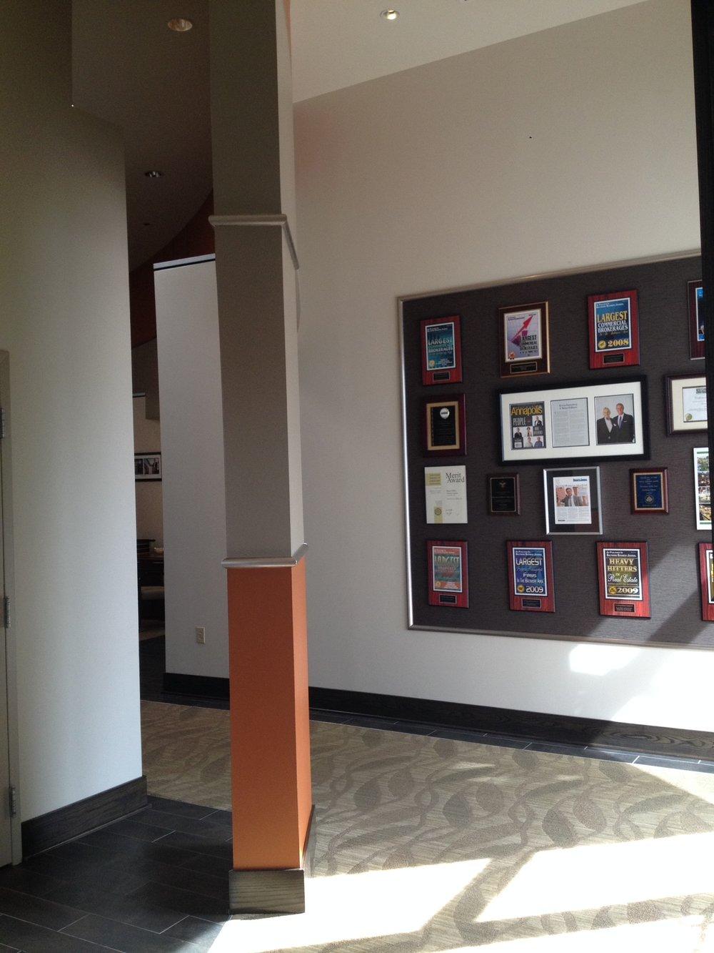 column in hallway.JPG