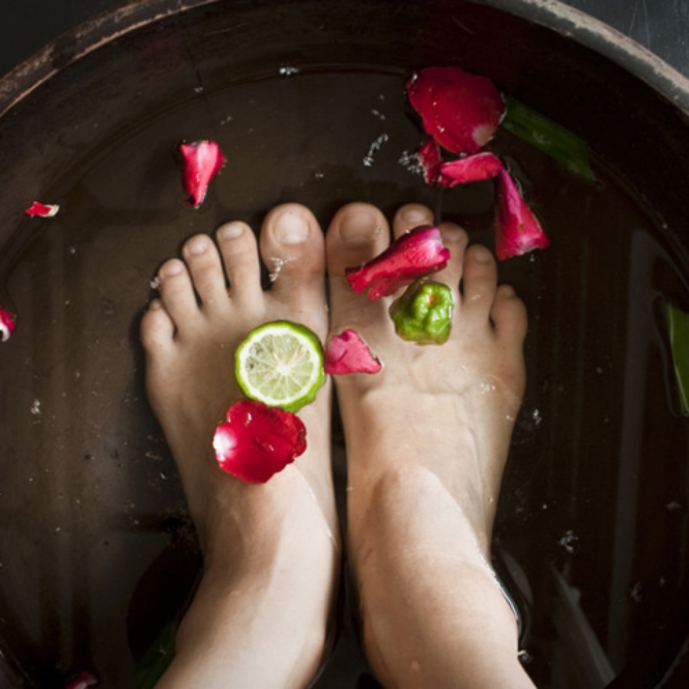10 Tips for a Professional-Quality Home Pedicure - By Dr. Suzanne Levine