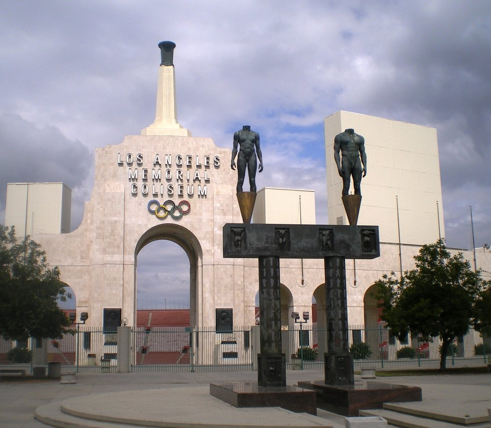 Los_Angeles_Memorial_Coliseum_(Entrance).jpg