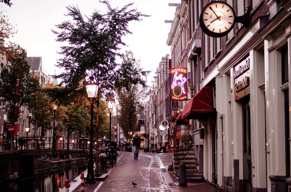 2018 OCT Amsterdam Red Light District-16.jpg
