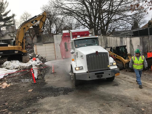 Trucks washed down prior to leaving construction site -1/7/2019 10:52am