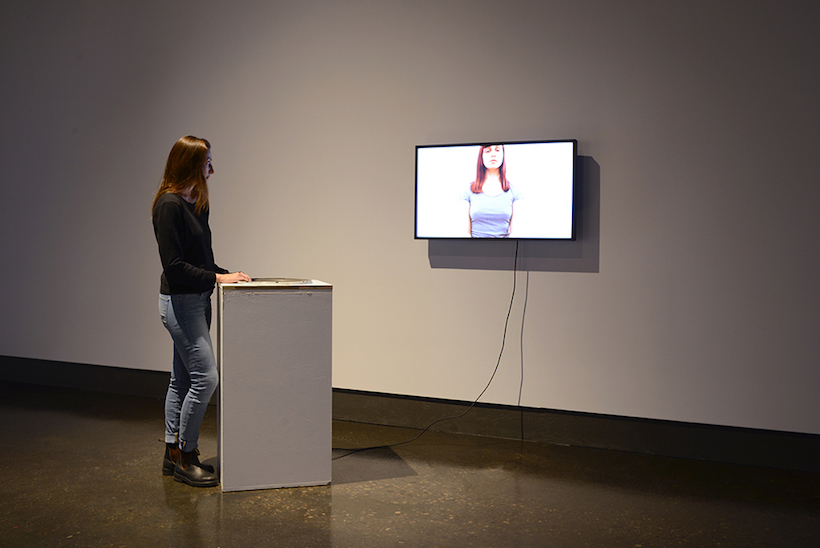 Marianne Burlew, Humm, video-installation, 2016