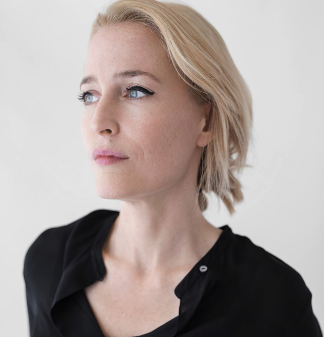 Gillian_Anderson_-_200_Women.png