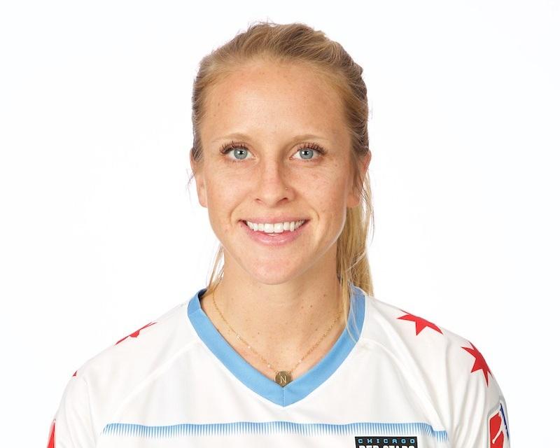 Nikki Stanton - Chicago Red Stars Midfielder
