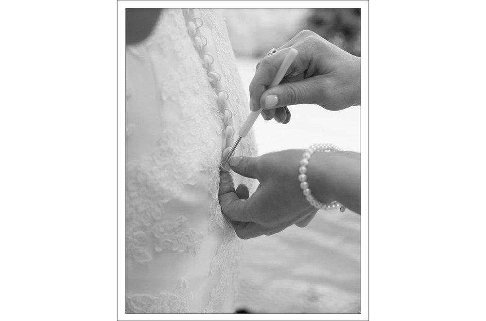 5.1-Wedding-dress-details2.jpg