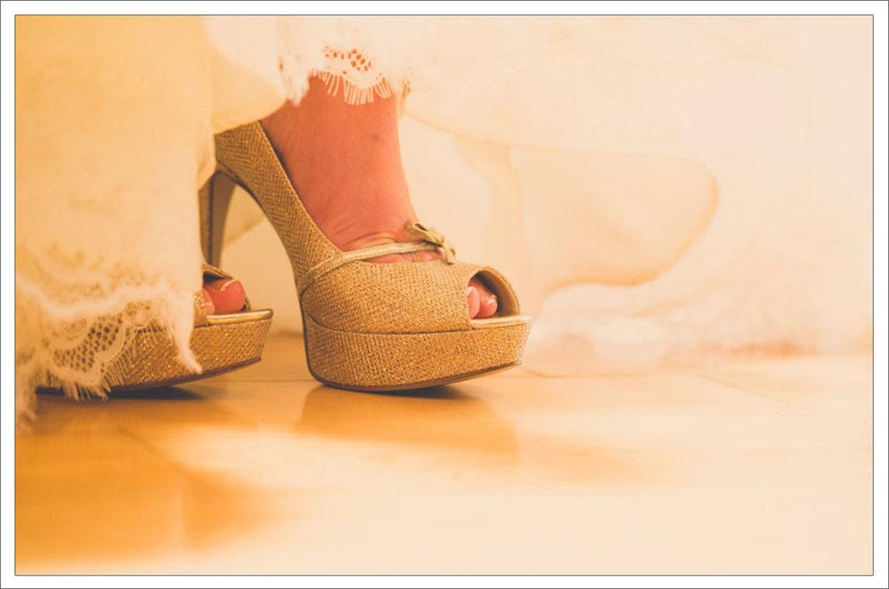8-Wedding-Shoes-Gold1.jpg