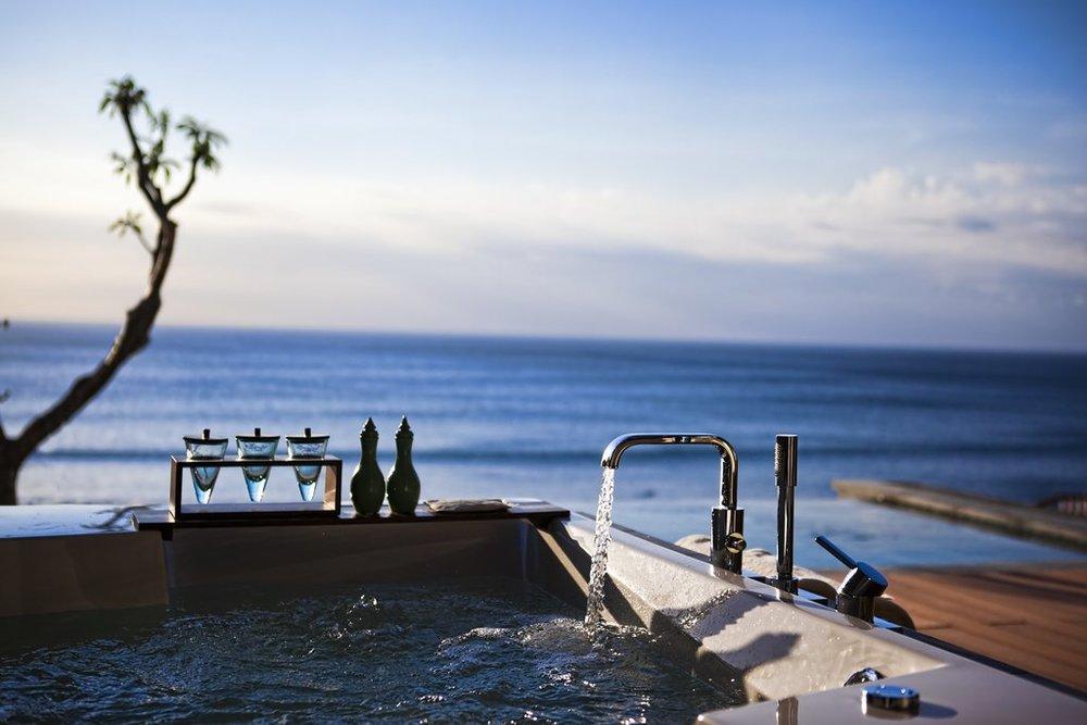 Anantara Uluwatu Best Surf Resort Bali