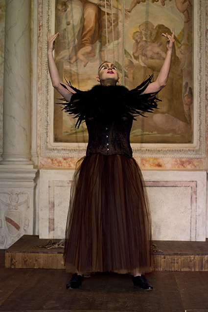 Carlos Motta,  Inverted World , here Ernesto Tomasini playing  Libera Me  from Gabriel Fauré's  Requiem , Photo A. Mollica