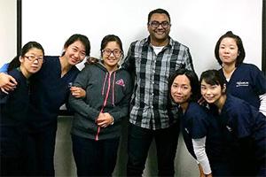 Satsukiさんと同時期に医療英語を受講した学生たちです。看護学校入学まで時間を要した学生もいましたが、病院実習先でクラスメイトとデスカッション中です。Satsukiさんの2018年再渡米を聞いて、再会を楽しみにしています!