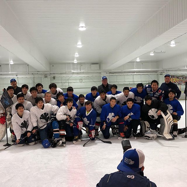 It was a late night testing session and practice with the Tokyo University Men's hockey team but itwas worth spending time with these athletes. - - fun fact: there are 11.2 million people in the Tokyo prefecture and only 5 ice rinks for hockey. 😅 - - - - - #knowwhereyoustand #globalsporttesting #takethelead #icehockey #japan #tokyouniversity #hockeyteam #funfact #hockey #athletedevelopment