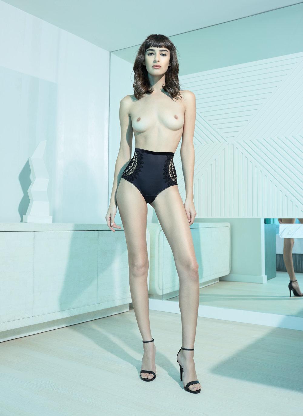 la-perla-fashion-josepie-zenati-scultpture-architecture-design-beauty-photographer-advertising-photography-stan-musilek