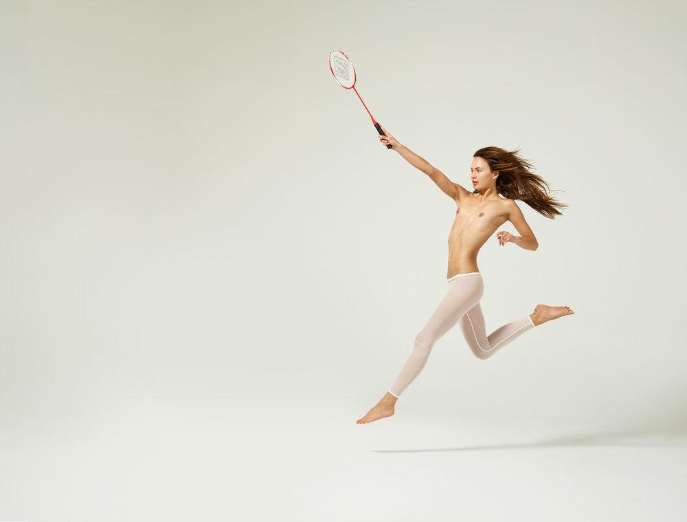 american-apparel-europe-blue-leggings-badminton-nude-movement-fashion-sports-photographer-advertising-photography-stan-musilek