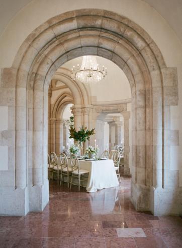 floresie_D&A_wedding_budapest - 14.jpg