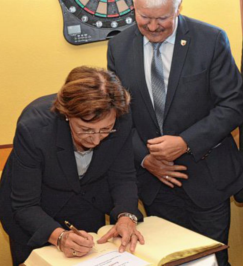 ehrko-wohnzentrum-sozialministern-emilia-mueller