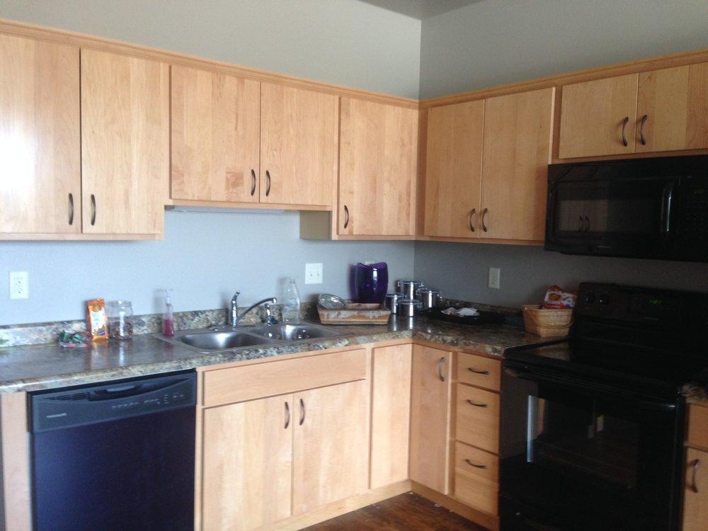 401-kitchen-2.jpg