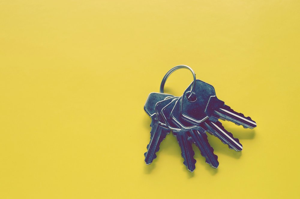 close-up-colors-keys-941947.jpg