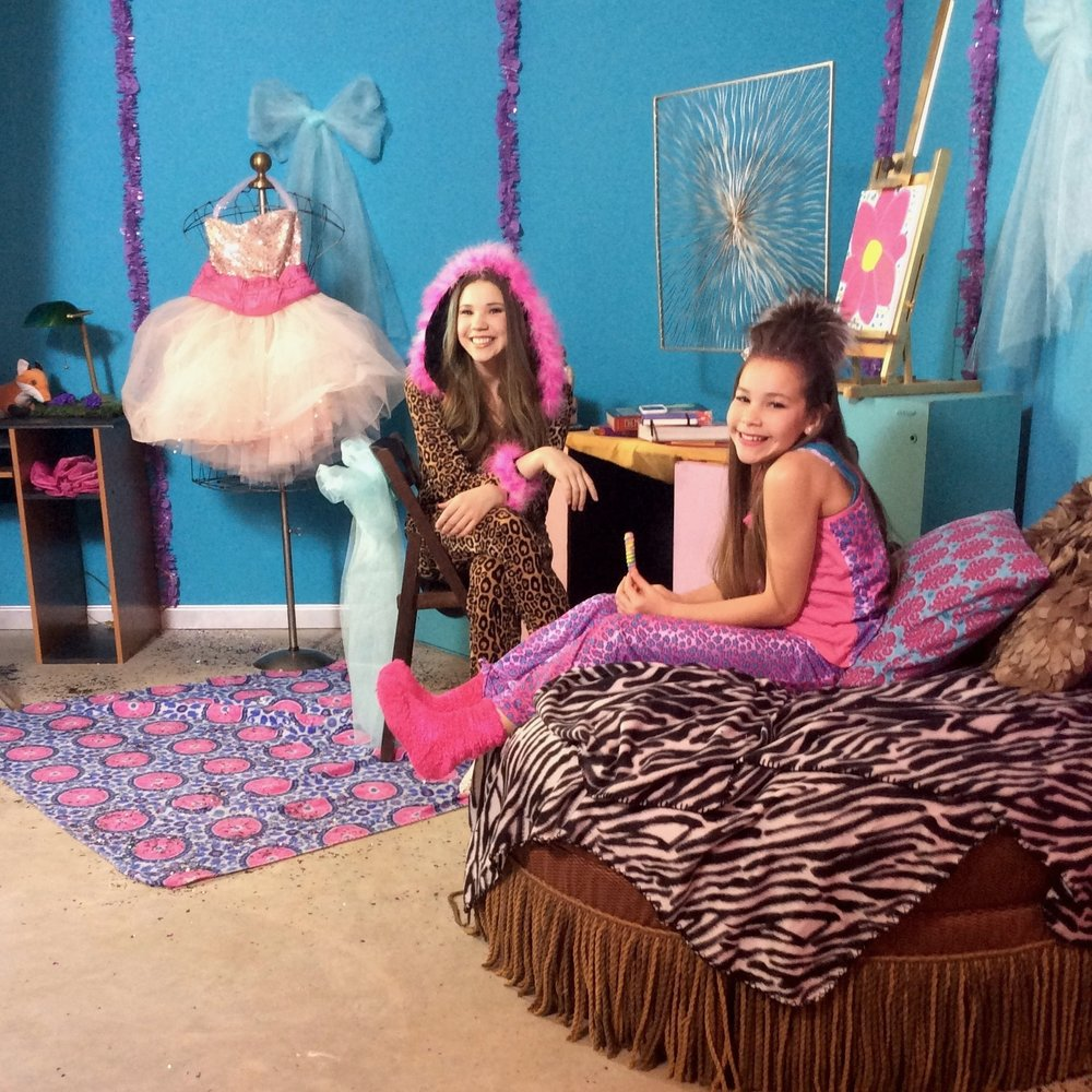 Art direction/set design for The Haschak Sisters SLUMBER PARTY music video, 2017.