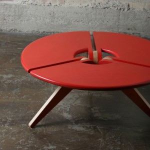 red-cocktail-table-detail-550x550