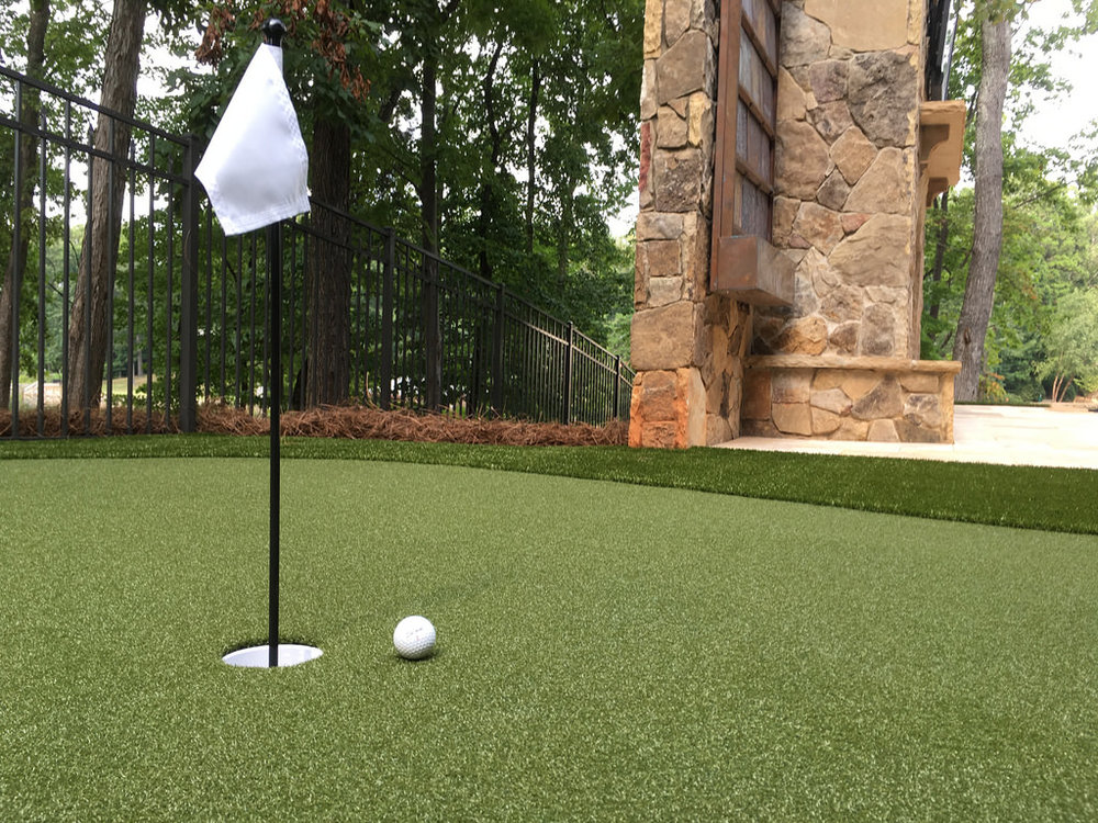 GolfGreens™   Step up your game, off the course