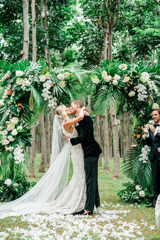 Na 'Aina Kai Botanical Gardens Kauai Hawaiian Wedding Stewart & Connie Photography_0015.jpg