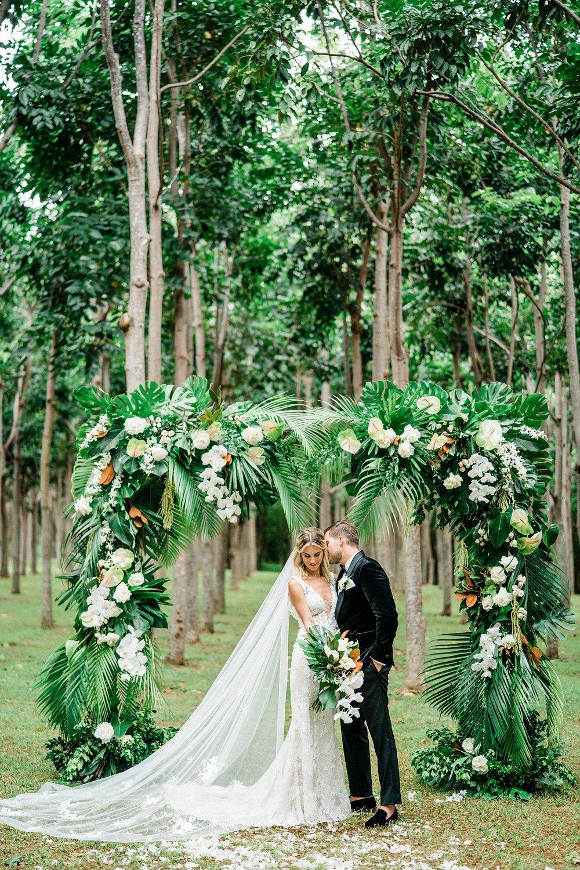 Na 'Aina Kai Botanical Gardens Kauai Hawaiian Wedding Stewart & Connie Photography_0022.jpg