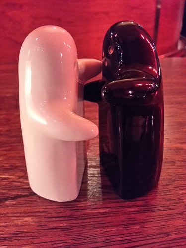 Two Souls Salt n' Peppa: Which came first? The shakers or the bistro?