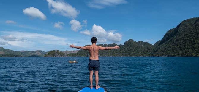 Coron-calm-sea.jpg