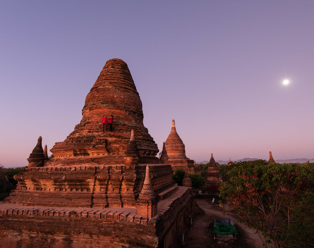 Dawn: Large stupas you can climb in Bagan in 2019 to watch sunrise.