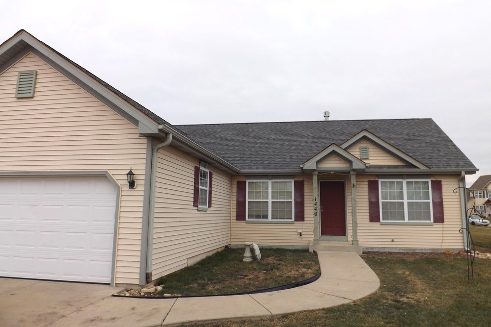 """""""I had hail damage to my house and gutters. The crew that did my house was good!! Answered my questions, were very polite. The clean up was good. Couldn't even tell they were here."""" - Marie M - September 2018"""