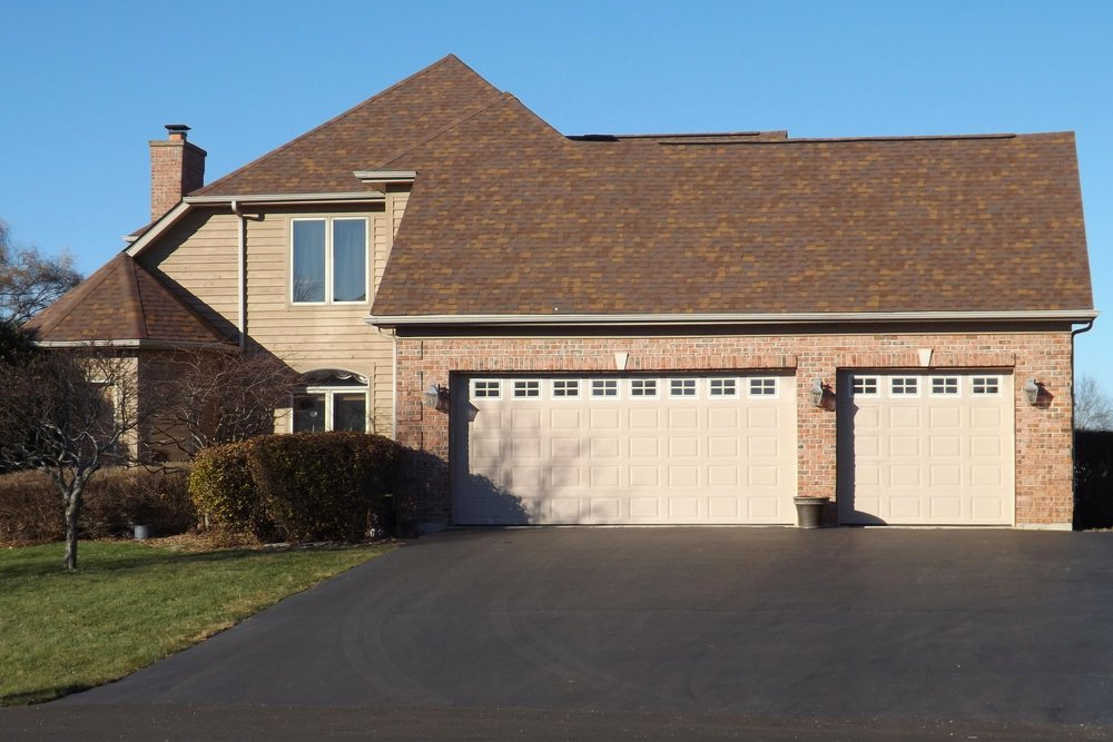 """""""I was extremely pleased with their work performance and the quality of roof shingles that they recommended. They completed the total job of covering the roof, double-garage, overhang and patio in one day. Their work was excellent and their clean up after completion was top notch. I would highly recommend them to any of my neighbors and friends."""" - Shelley G - August 2017"""