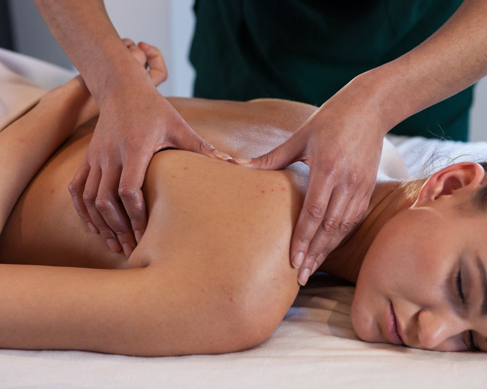 - Deep Tissue Massage, for a direct attack on those muscles that need an extra pair of hands.