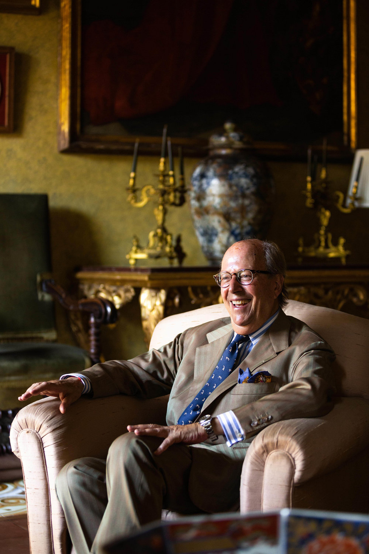 Mr Mariano Rubinacci -