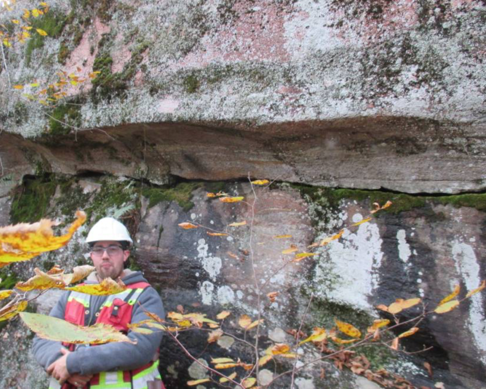 Figure 3: A metre-sized groove cut into the side of an outcrop east of Buck Lake.