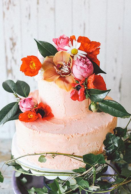 Spring-Wedding-Cakes-Lara-Hotz