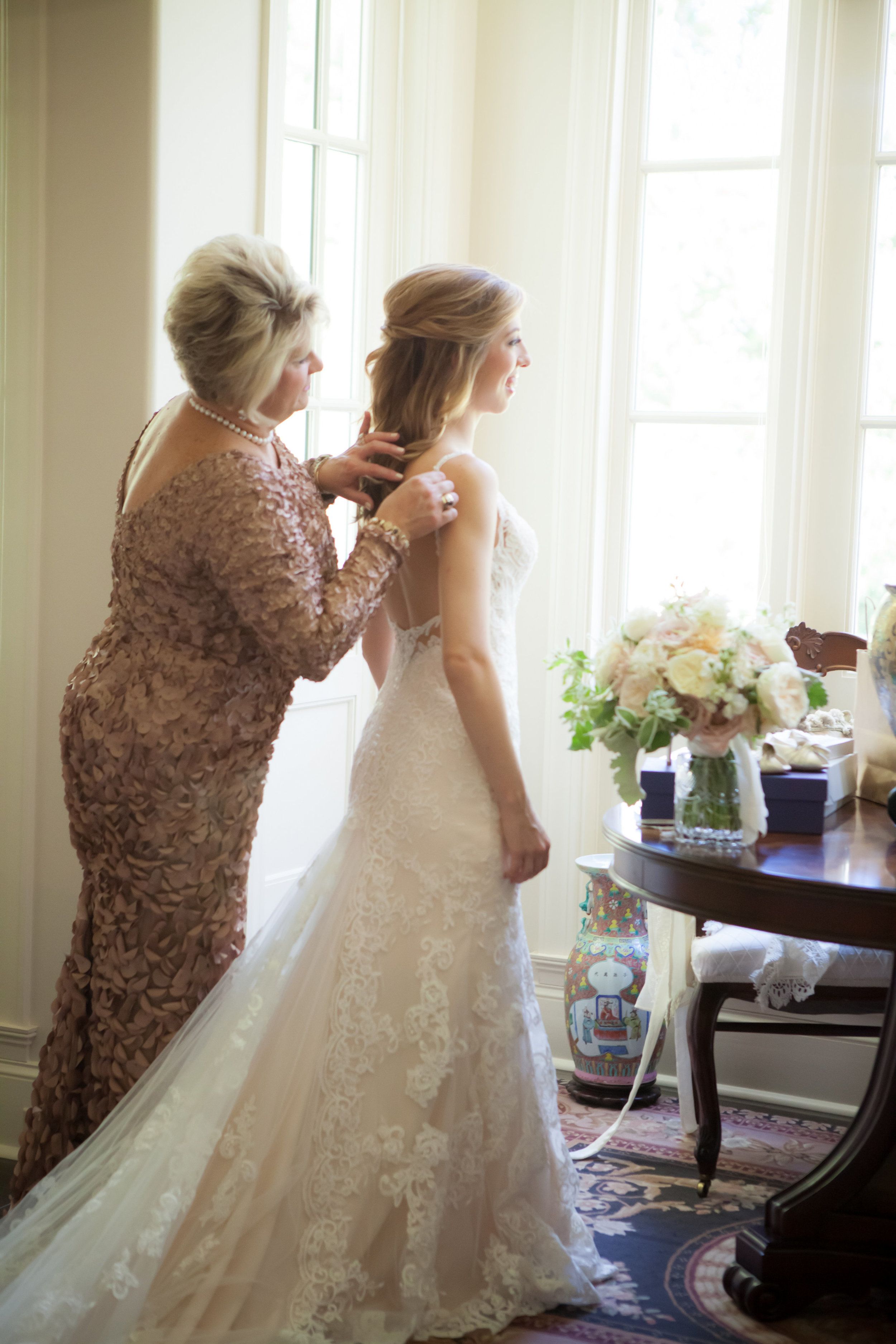 View More: http://allisonlewisphotography.pass.us/ae-and-austin-wedding
