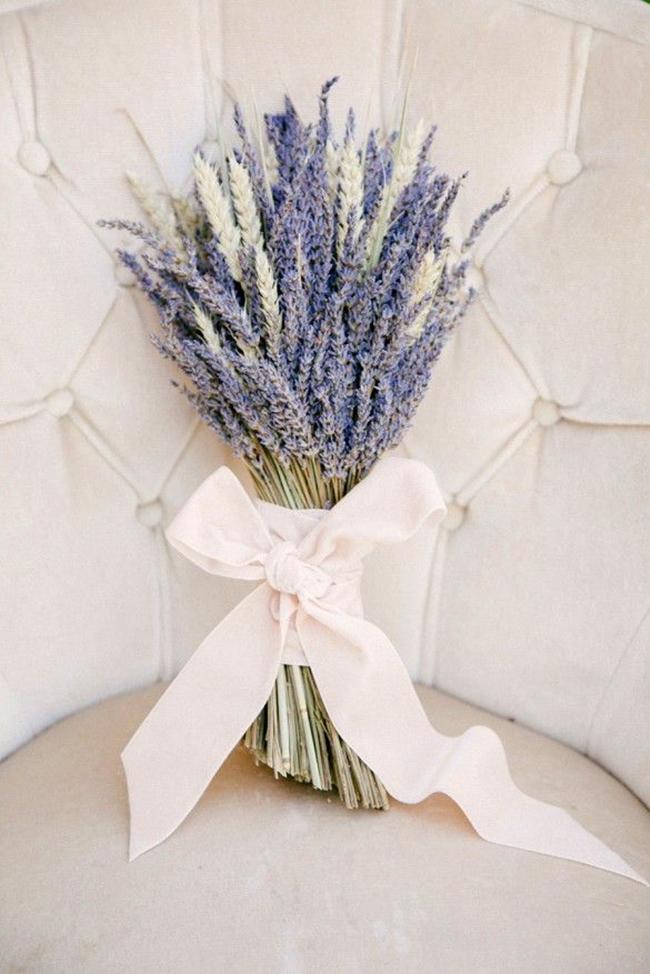 gorgeous-and-fragrant-lavender-wedding-bouquet-ideas