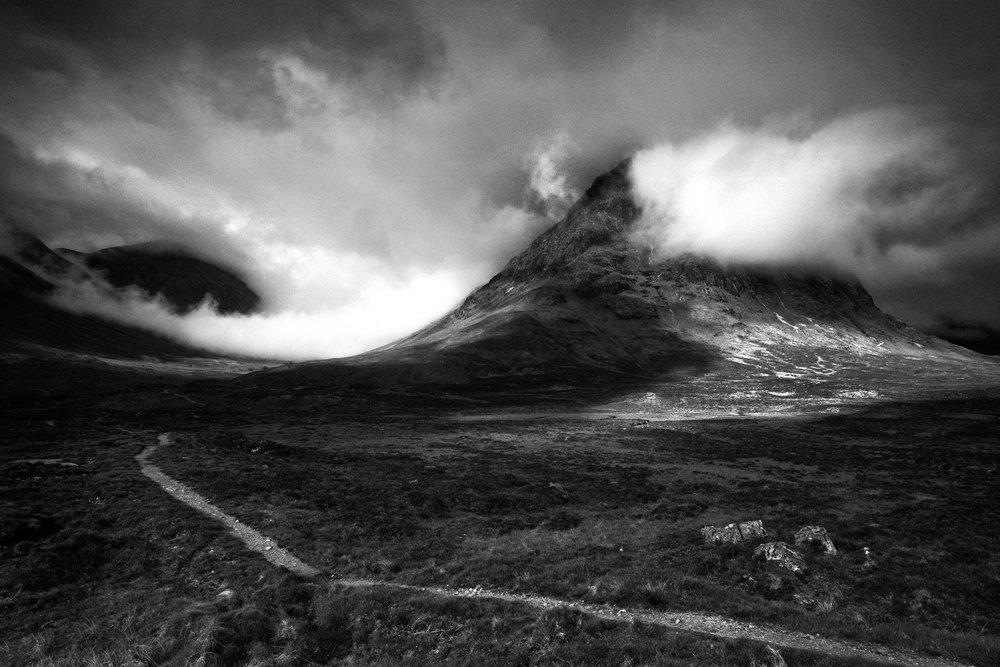 Glencoe November 2019 - In terms of sheer drama, Glencoe is unparalleled for the landscape photographer. With many iconic viewpoints easily accessible it allows us to visit a number of locations within a few miles of our accommodation. 3 unforgettable days await.