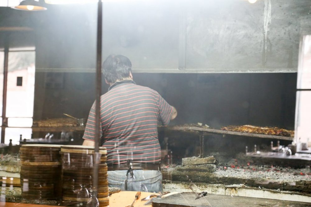 Meat on the grill at a restaurant in Carlos Keen
