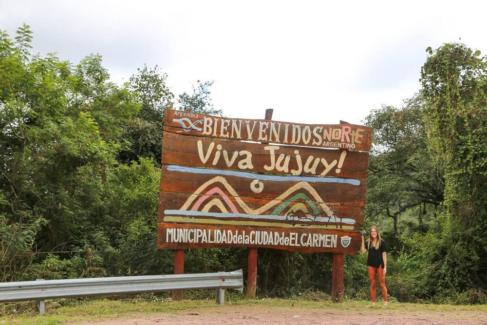 Welcome to Jujuy sign crossing from Salta