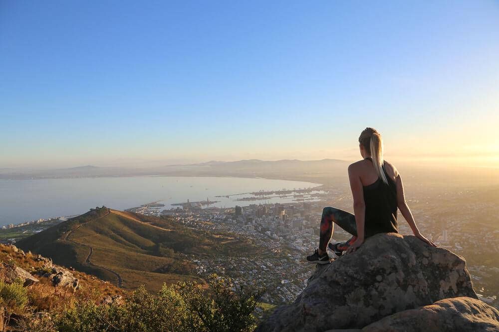Lion's head sunrise over Cape Town