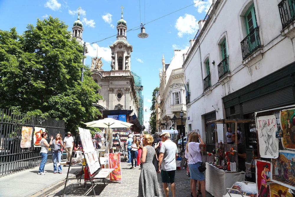 San Telmo Sunday Market near the manzana de las luces